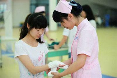 成都卫生学校护理专业学生毕业后在医院就业情况